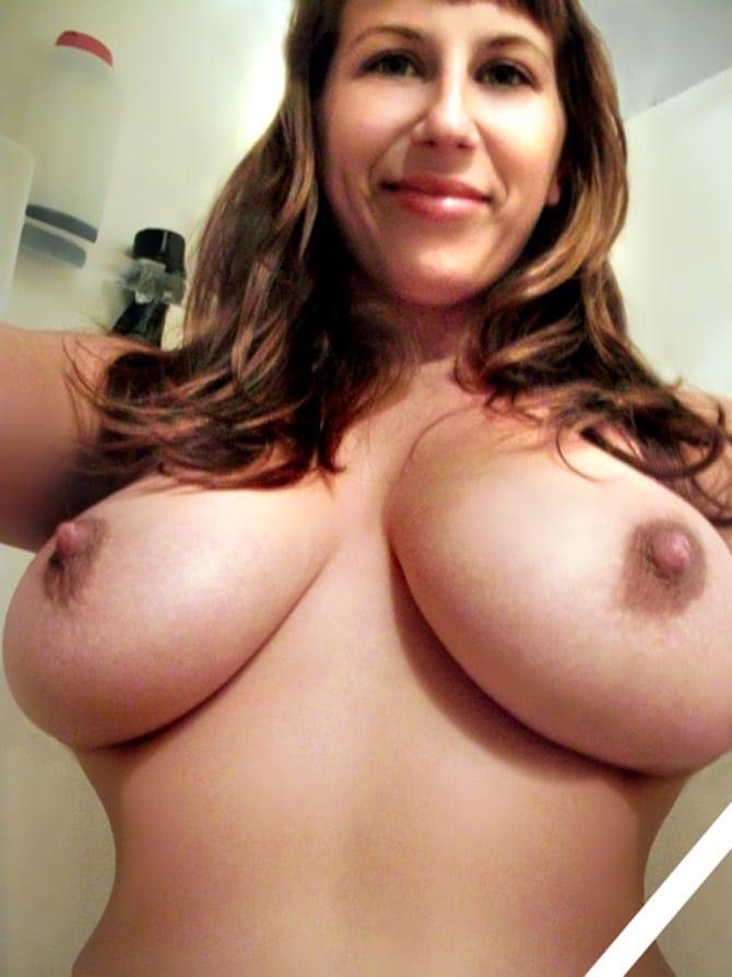 femme à gros seins annonce aix