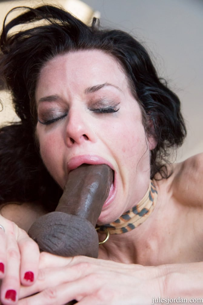 sexy milf veronica avluv aime la grosse bite