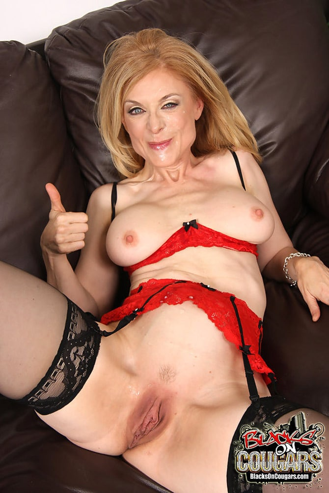 Sexy blonde na creampied - 3 5