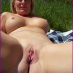 Video grosses femmes nues a la plage