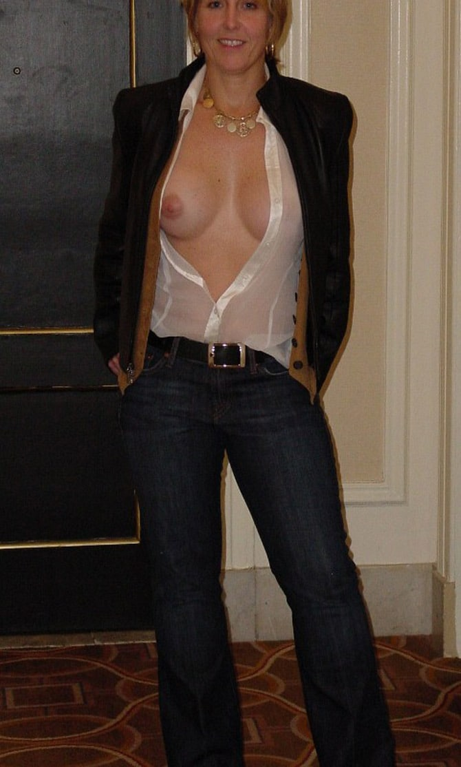 angel ivanka pussy pictures