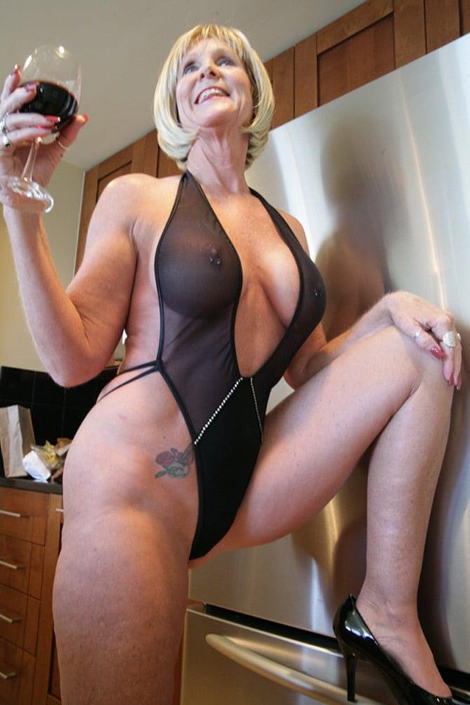 Mature nude women over 50 in bondage precisely