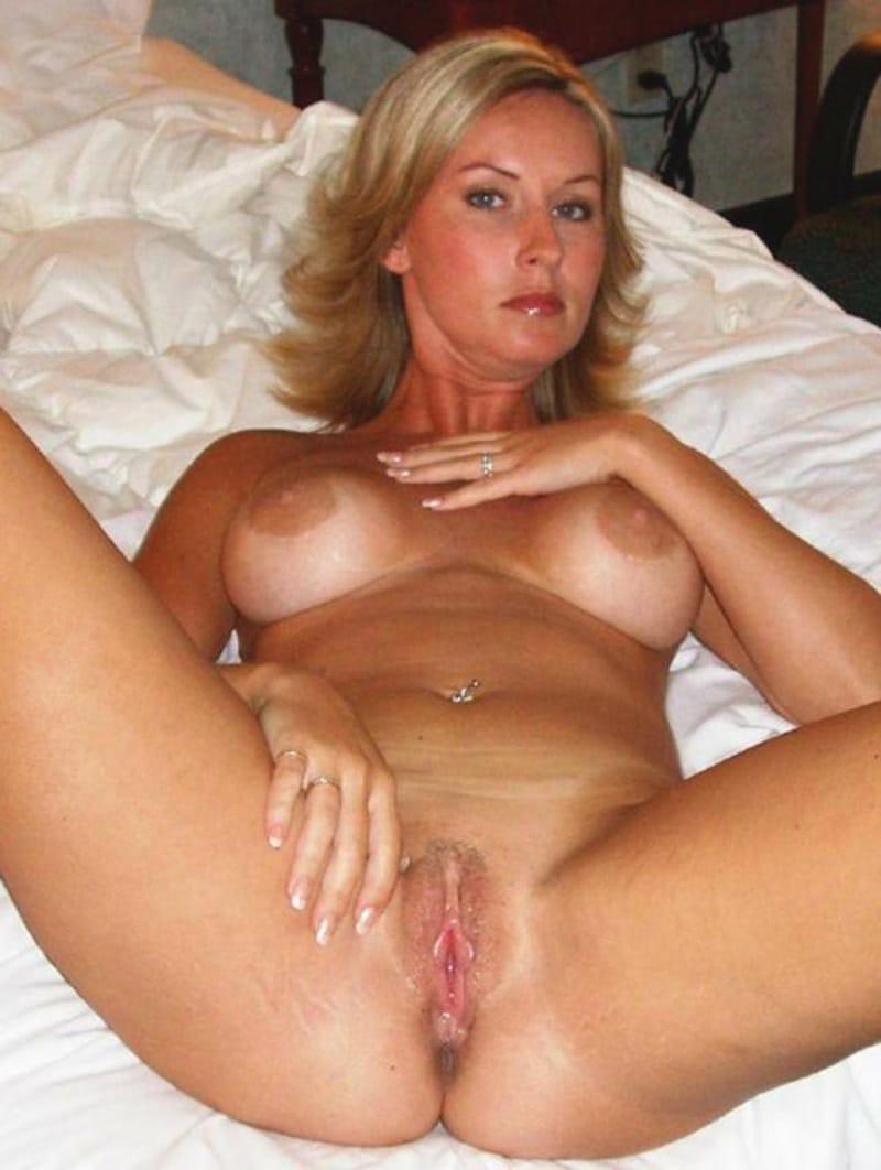 hassie harrison nude