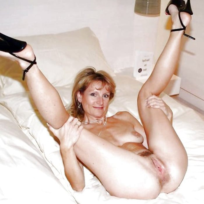 Souhaitant les femmes nues matures