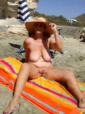 galerie de photos de nu de femmes mures avis escort saint malo
