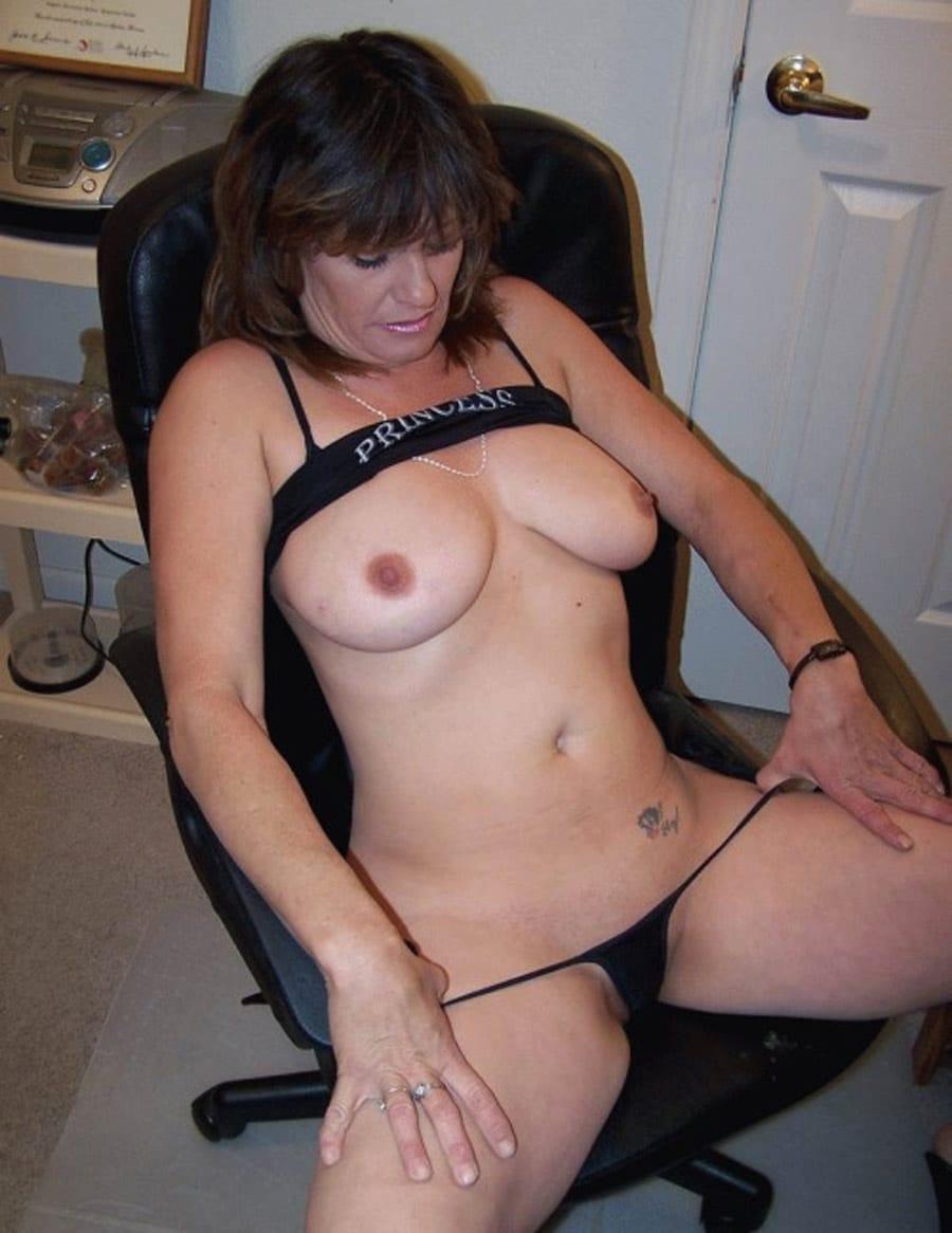 poilue mature sexemodel nancy