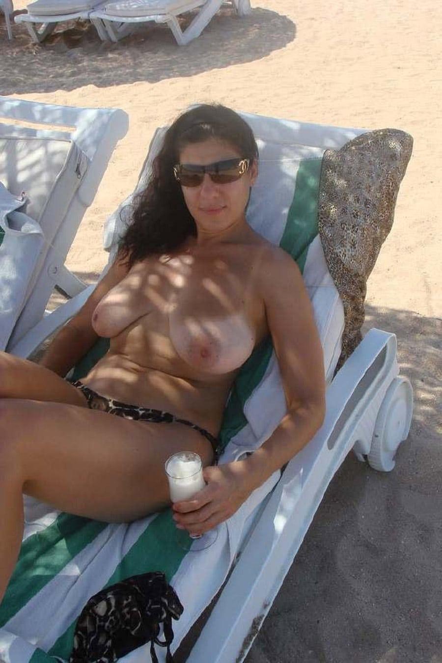 femme nue plage escort ile de france