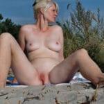 Olga, mature slave naturiste nue