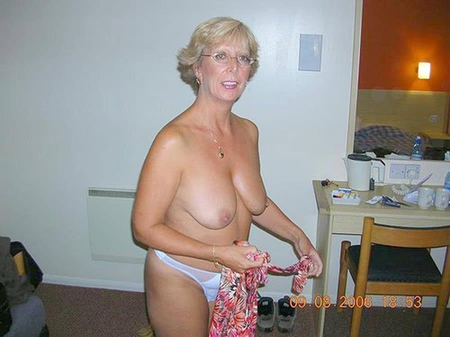 maman blonde salope salope a dunkerque