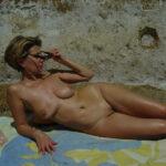 Louise, beauté mature divorcée et naturiste