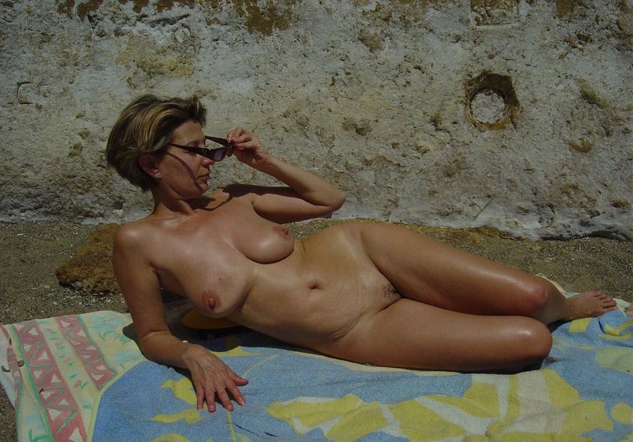 Mature nudiste escort maubeuge