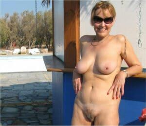 suzie-daronne-cougar-club-nudiste-libertin