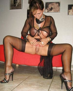 photo de salope en lingerie grosse salope milf