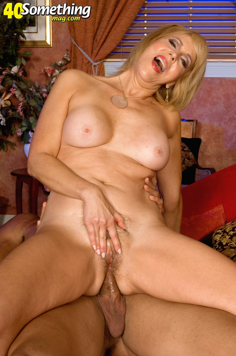 Full frontal nudity gif