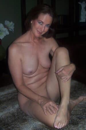 hot aniem girl strip