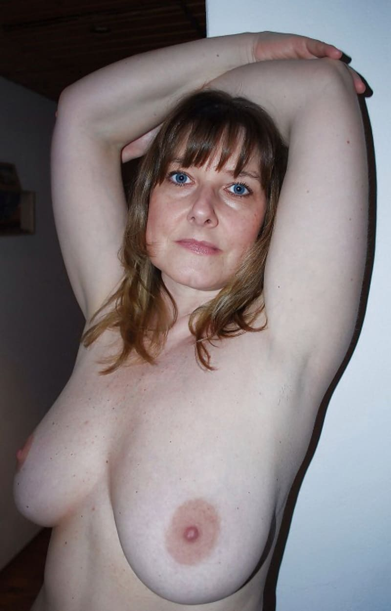 Femme celibataire 13