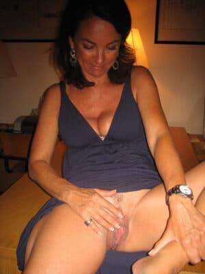 Debout baise hotel avec une de mes maitresses - 3 part 1