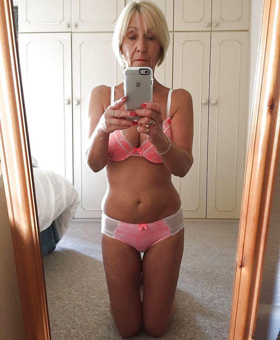 photo salope en lingerie salope du matin
