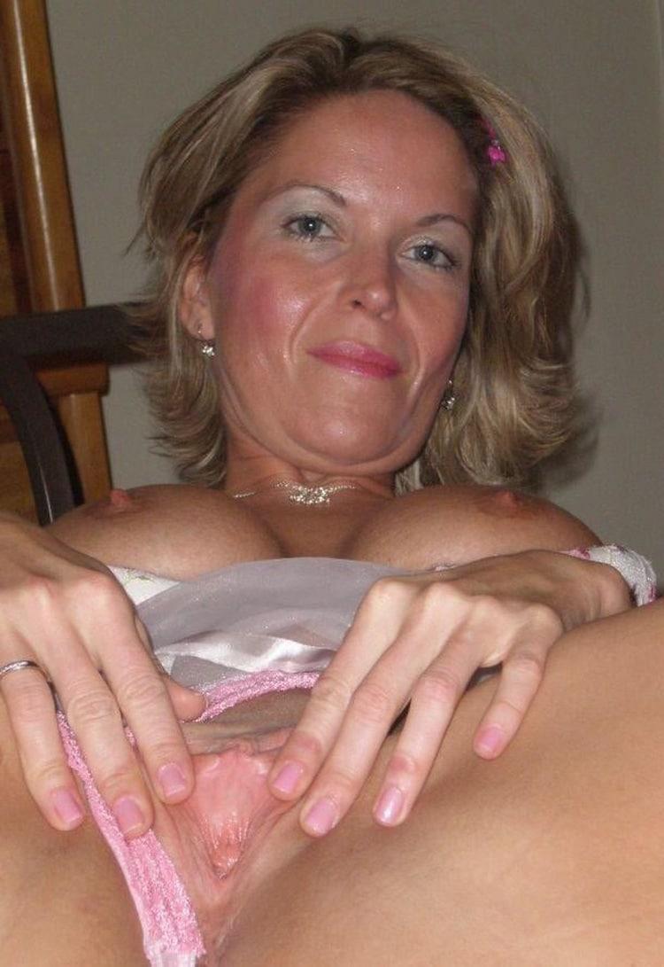 Babeth salope infidèle gros seins 7