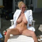 Katia femme exhibitionniste provocante et trop sexy