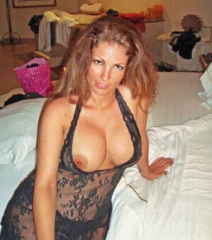 Rivka cougar juive sexy