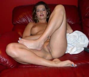 Nymphomane cougar nue