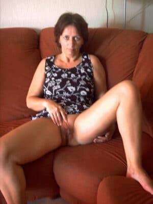 Penelope femme au foyer en chaleur