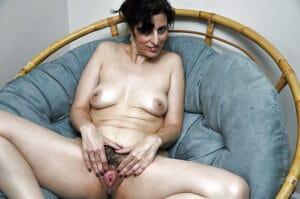 Yasmina marocaine mature très chaude